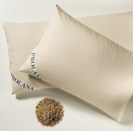 Neck pillow filled with organic spelt